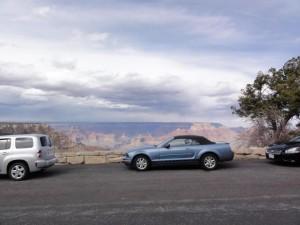 Une Ford Mustang sur les hauteurs de Los Angeles